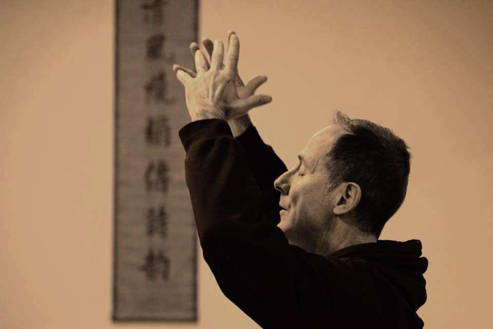 Francisco Sánchez es el Profesor de QiGong en la Escuela Yùyán.