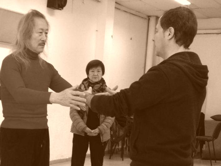 Maestro Zhang Xiumu con Francisco Sánchez